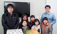 Donating articles and goods to children's welfare facilities(JSR Micro Korea Co., Ltd.)
